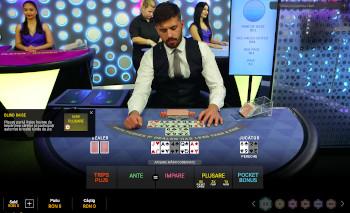 Joc de masă de poker holdem într-un cazinou live